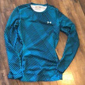 Under Armour Striped Cold Gear long sleeve Shirt s